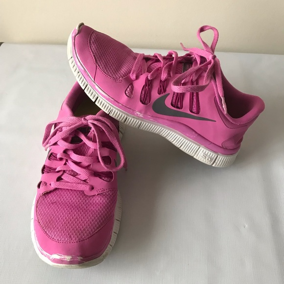 super popular 788f4 762ea Pink Nike Free 5.0 Tennis Shoes size 9